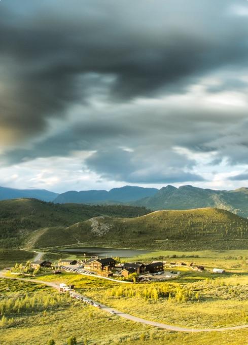 Raubergstulen Turisthytte tilbyr mat og kvile ved foten av Jotunheimen